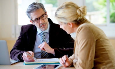 Hiring a commercial conveyancing solicitor - six handy tips